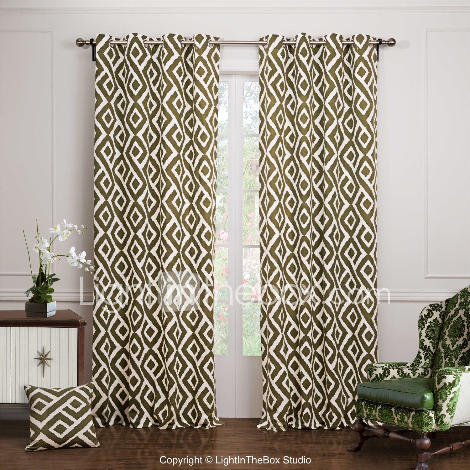 Sheer curtains privacy panel - Photo By Lightinthebox