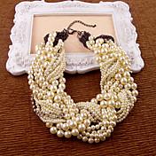 白い模造真珠のラインストーンのネックレス