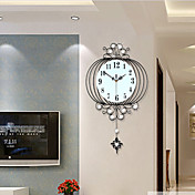 Novedad / Farol / Otros Moderno/Contemporáneo Reloj de pared,Floral/ Botánico / Escénico / Boda / Familia Vidrio / Metal63cm x 38cm( 25in