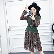 小さな花柄のシルクのドレス+ニットベストピース自由ベルトの正味の2017新しい韓国語版に署名