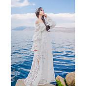 複雑なguluolita重い透かし彫りの刺繍のレースのジャンプスーツのドレスに署名2摩耗襟Vネック