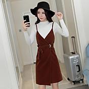 新しい金のベルベット長袖ニットシャツVネックストラップのドレスの符号ハーネスドレススーツ韓国語バージョンツーピース