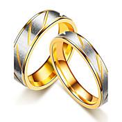 カップル用 カップルリング バンドリング 指輪 ビンテージ シンプルなスタイル Elegant チタン鋼 円形 ジュエリー 用途 結婚式 パーティー 婚約 日常