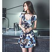 Mujer Corte Bodycon Vestido Casual/Diario Floral Escote en Pico Sobre la rodilla Manga Corta Algodón Verano Tiro Medio Rígido Fino