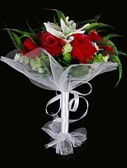 satén / bavlna růže a lilie kulatý tvar svatební kytice