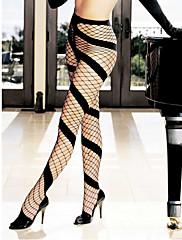Shirley Hollywooda seksi crnom kosom usmjeri mrežaste najlonke
