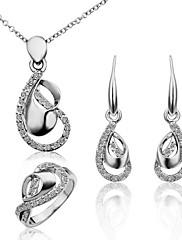parure de bijoux en cristaux