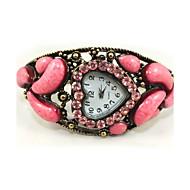 Quartz Movement Sweet Heart Shape With Cubic Zirconia Bracelet Watch