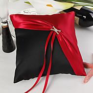 klassischen rot & schwarz Ehering Kissen
