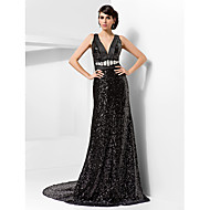 Formal Evening Dress - Black Plus Sizes Sheath/Column V-neck Court Train Sequined