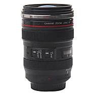 Objektiv fotoaparátu hrnek na kávu s víkem