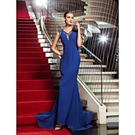 저녁 정장파티 드레스 - 로얄 블루 트럼펫/멀메이드 스위프/브러쉬 트레인 V넥 쉬폰/레이스 플러스 사이즈
