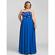 Prom / Formal Evening / Military Ball Dress - Plus Size / Petite Sheath/Column Strapless Floor-length Chiffon