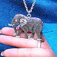 Retro diamond carved elephant long necklace
