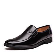 Miehet kengät Tekonahka Kevät Kesä Syksy Talvi Comfort Muotisaappaat Oxford-kengät Kävely Niiteillä Käyttötarkoitus Kausaliteetti Juhlat