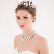 Women Exquisite Rhinestone/Alloy Tiaras With Wedding/Party Headpiece