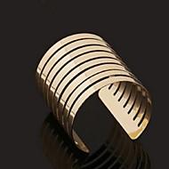 Fashion Style  Open Alloy Bangle Bracelet(Gold)(1Pc)