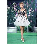 Cocktail Party Dress - Multi-color A-line V-neck Short/Mini Lace / Organza