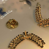 Men's Casual/Party/Alloy/Suitable For Four Seasons Of The High-End Exquisite Brooch