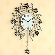 עגול / מצחיק / אחרים מודרני / עכשווי שעון קיר,פרחוניים/בוטניים / בעלי חיים / נופי / חתונה / משפחה זכוכית / מתכת 72cm x 56cm( 28in x 22in )