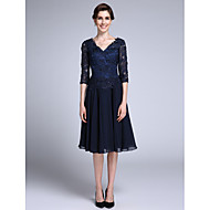 Lanting Bride® Sheath / Column Mother of the Bride Dress Knee-length Half Sleeve Chiffon / Lace with Lace