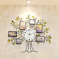 Modern/Contemporary Houses Wall ClockNovelty Glass / Metal / Polyresin 80*68cm Indoor Clock