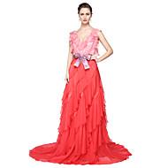 TS Couture® Formele avonden Jurk - Elegant Celebrity-Stijl Baljurk V-hals Tot de grond Chiffon metStrik(ken) Sjerp / Lint Plooien
