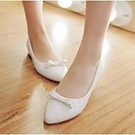 Dame Flate sko Komfort PU Vår Høst Avslappet Hvit Svart Mandel 5 - 7 cm
