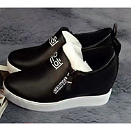 Damen Loafers & Slip-Ons Komfort PU Frühling Normal Weiß Schwarz Rot 7,5 - 9,5 cm