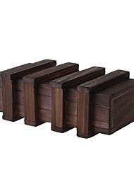 Деревянная коробка с секретным ящиком