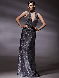 Formal Evening/Military Ball Dress - Silver Plus Sizes Sheath/Column Halter/V-neck Floor-length Sequined