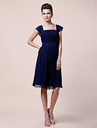 A-line Plus Sizes Mother of the Bride Dress - Dark Navy Knee-length Short Sleeve Chiffon