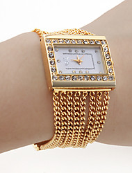 Women's PC Movement Golden Band White Dial Bracelet Watch with Czechic Diamond Decoration Cool Watches Unique Watches