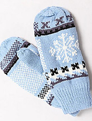 TS Old Fashion Snow Flake Mittens