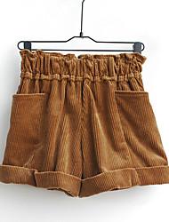 упругой случайных коротких штанишках