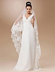 à un seul niveau de tulle avec valse applique la longueur voile de la mariée