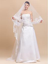 Elegant 1 Layer Chapel Wedding Veils With Lace Applique Edge
