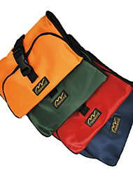 Outdoor Foldable Wash Bag Kit (Random Color)