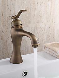 personalizado grifo del fregadero cuarto de baño en estilo antiguo grifo del fregadero cuarto de baño con acabado de latón antiguo Juego Central