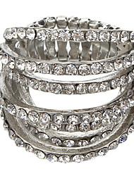 O novo orgulho ultra-elegante completa de anéis de diamante