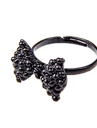 Women's Retro Bow Black Diamond Ring