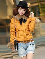 Grand Luxury fourrure de raton laveur collier de plume de canard Down pour femme Manteau