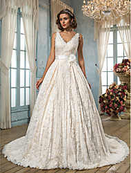 A-line Plus Sizes Wedding Dress - Ivory Court Train V-neck Lace