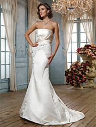 Lanting Sheath/Column Strapless Court Train Satin Wedding Dress (631185)