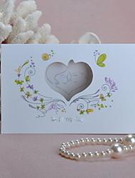 Invitation de mariage de coeur de coupe-circuit Floral - Lot de 50