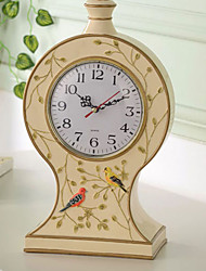 "13""Country Type Polyresin Analog Tabletop Clock"