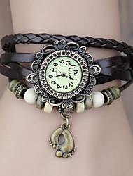 Women's Vintage Foot Pendant Style Leather Band Quartz Analog Bracelet Watch (Assorted Colors) Cool Watches Unique Watches
