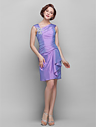 Sheath / Column Plus Size / Petite Mother of the Bride Dress Knee-length Sleeveless Taffeta with Flower(s) / Lace / Ruching