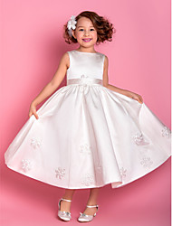 LAN TING BRIDE Sheath / Column Tea-length Flower Girl Dress - Satin Tulle Bateau with Appliques Sash / Ribbon