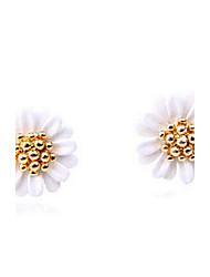 Korean fashion small daisy flowers fresh and elegant earrings E804